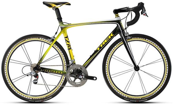 xe đạp đua KAWS: Trek Madone