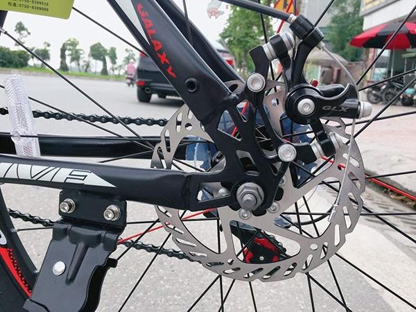 Hệ thống phanh đĩa cơ trên xe đạp galaxy t5