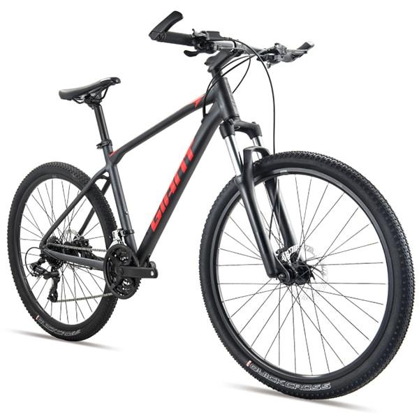 xe đạp giant atx 810 màu đỏ đen chụp nghiêng