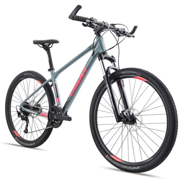 Nhiều cải tiến trang bị mới từ giant trên mẫu xe đạp giant atx 830