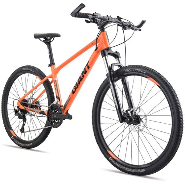 xe đạp giant atx 830 màu da cam chụp nghiêng