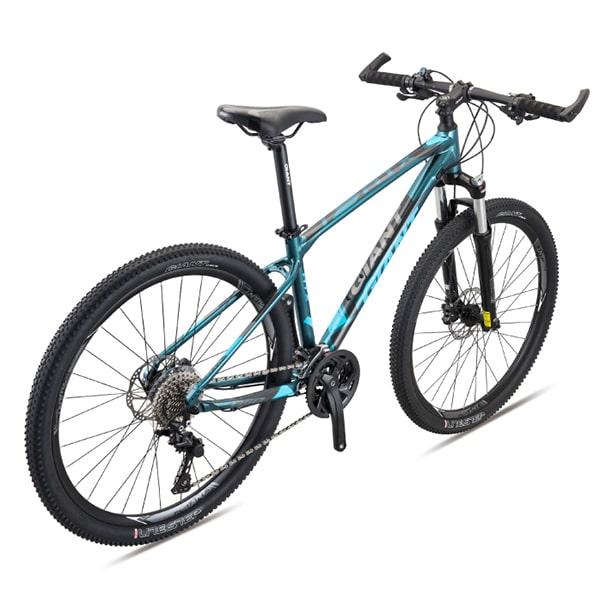 xe đạp giant atx 860 màu xanh đen chụp nghiêng