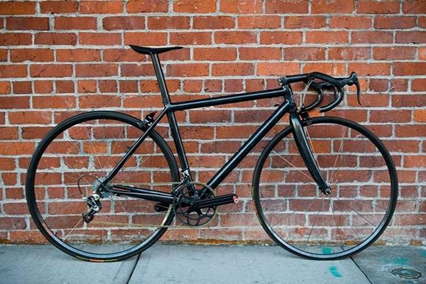 Xe đạp đua nhẹ nhất thế giới