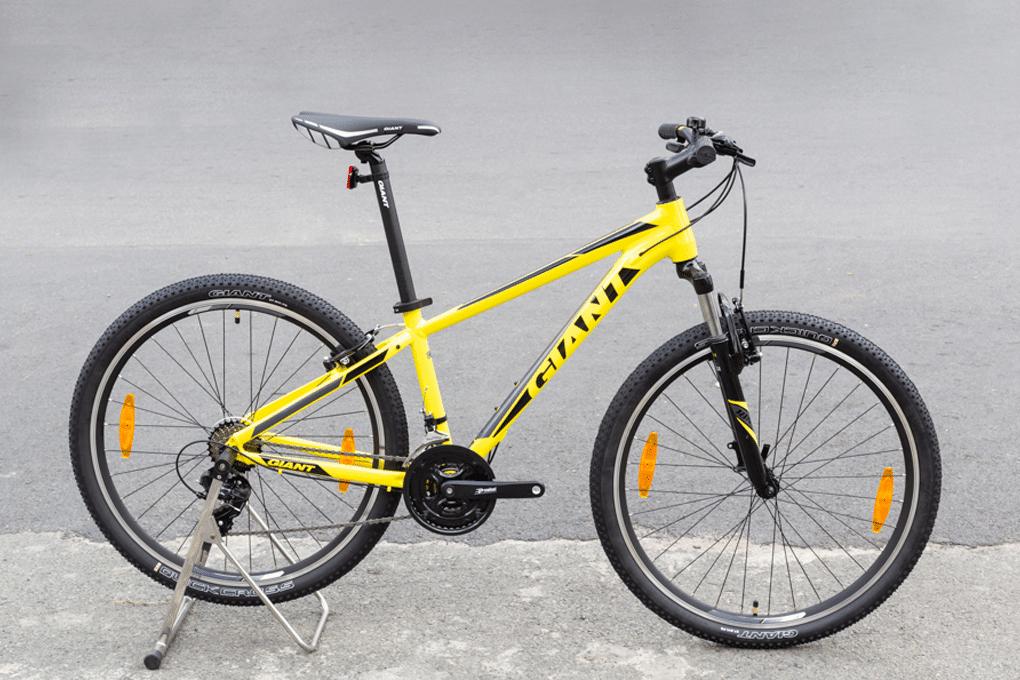 Xe đạp địa hình dành cho nam Giant Rincon