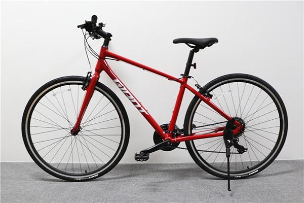 thực tế xe đạp giant escape 3 màu đỏ